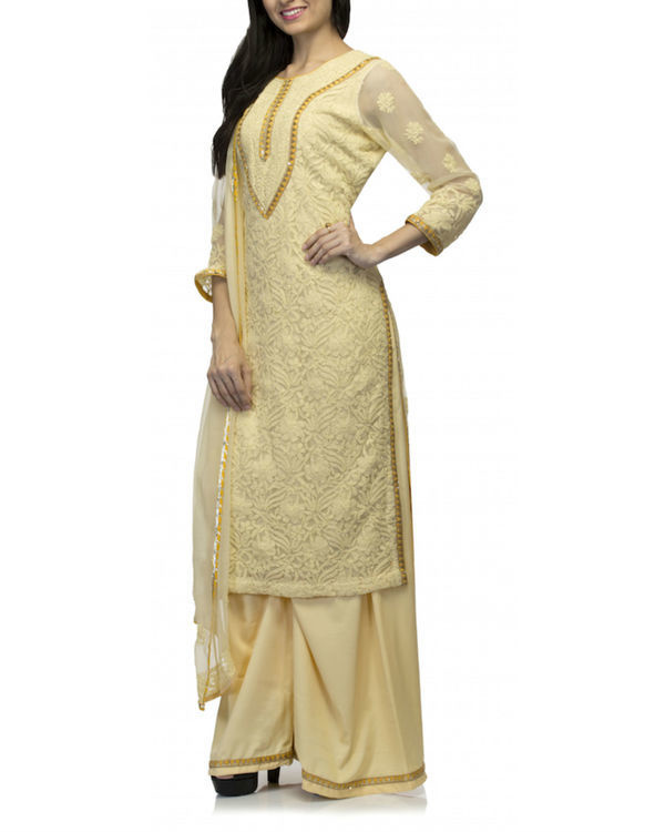 Yellow kurta set with dupatta 2
