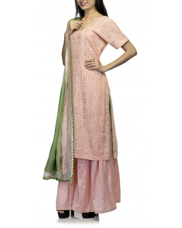 Pink kurta set with green dupatta 1