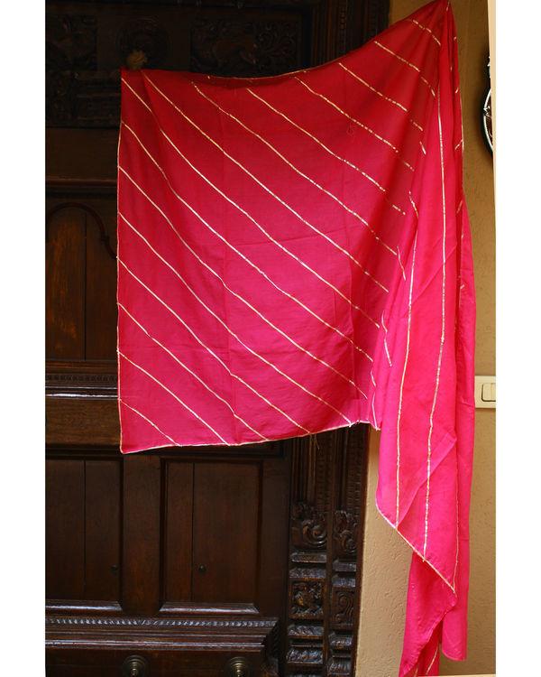 Pink dupatta with gota detailing 2