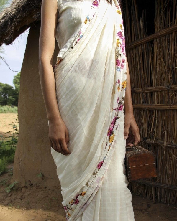 Off white saree with floral border 1