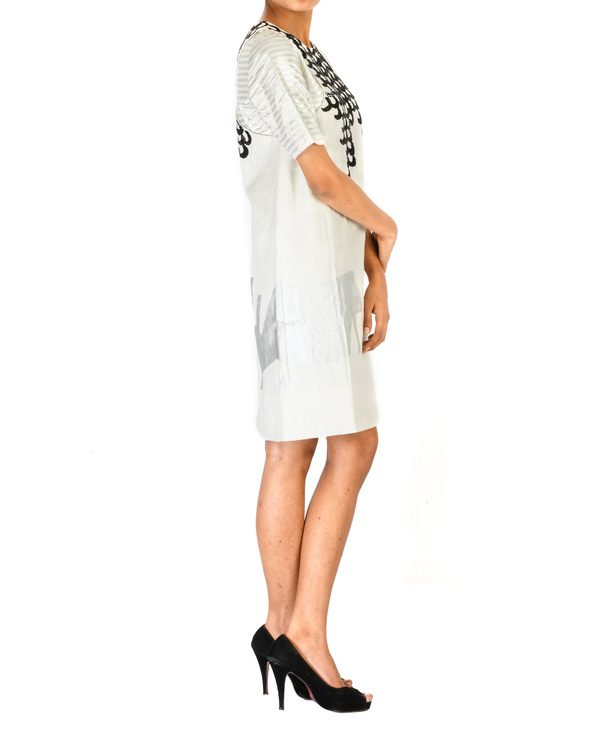 A-line embroidered dress in linen 2