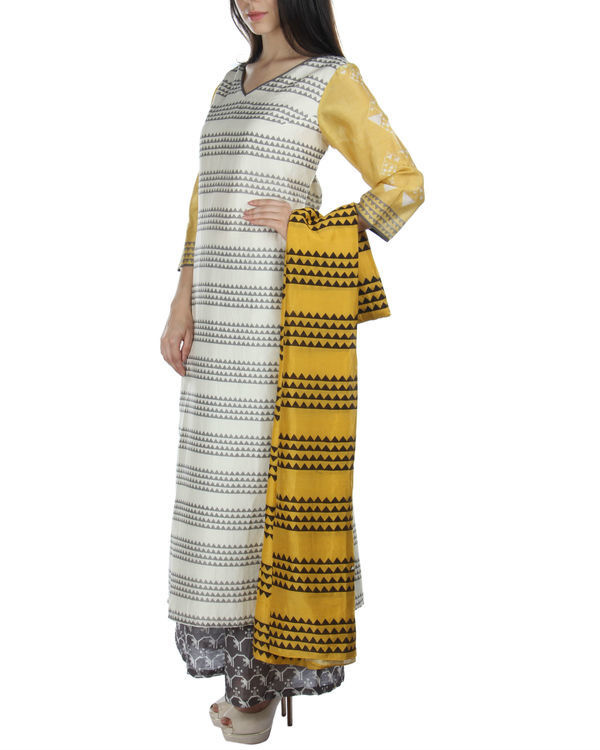 Yellow kurta set with palazzos and dupatta 2