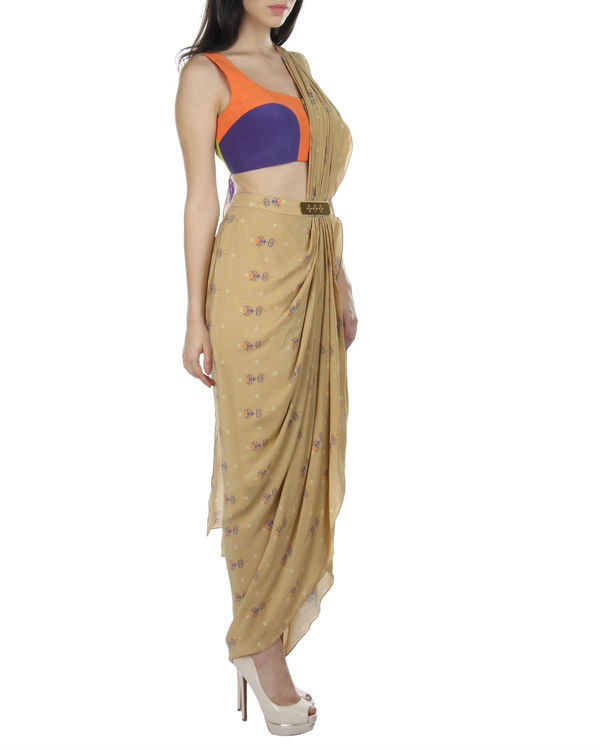 Ochre draped saree with blouse 1