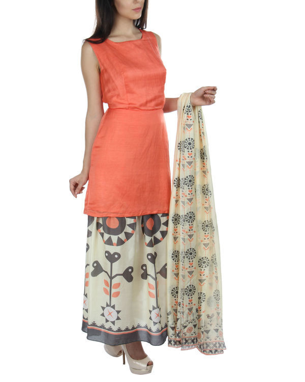 Peach kurta skirt set with dupatta 2