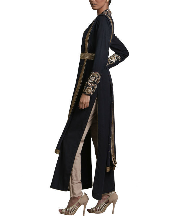 Black peshwa kurta set 1