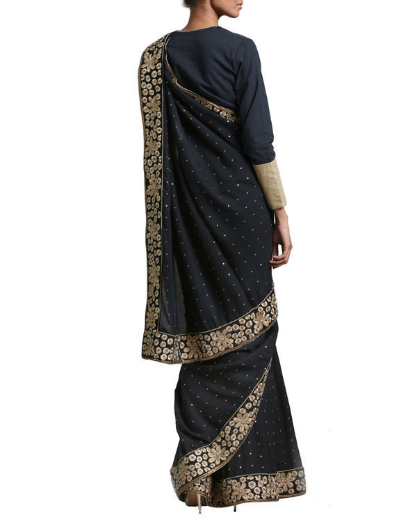Black and gold saree 1