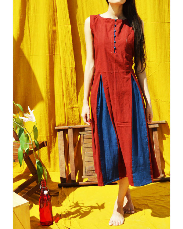 Maroon dress with indigo pleats 1