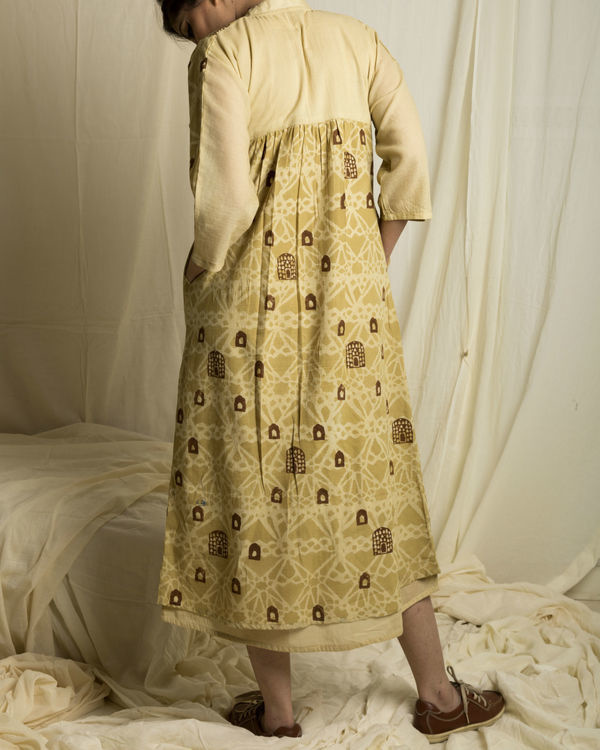 Jharokha panelled dress 1