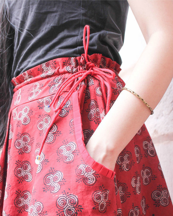 Red double layered skirt 1