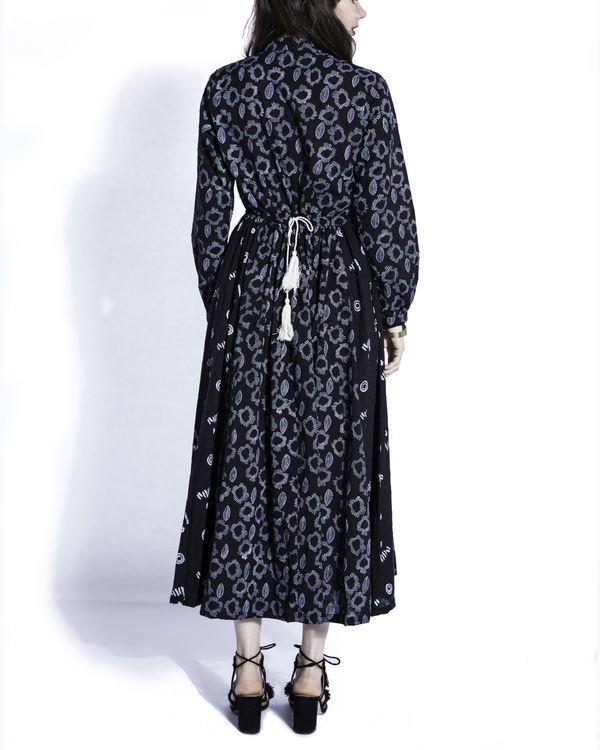 Kuro peasant dress 2