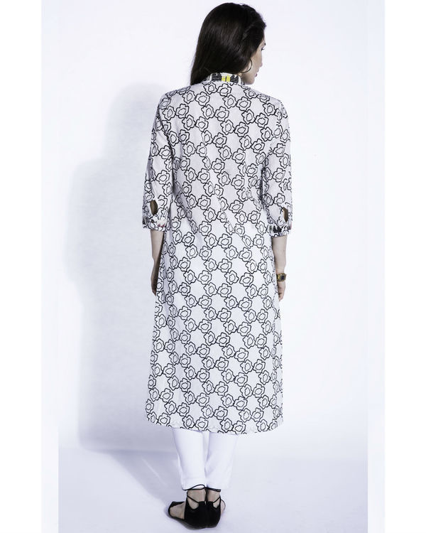 Shiro pansies kurta 1