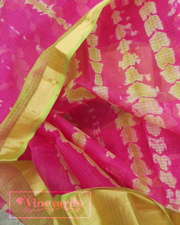 Tie and dye pink saree 2