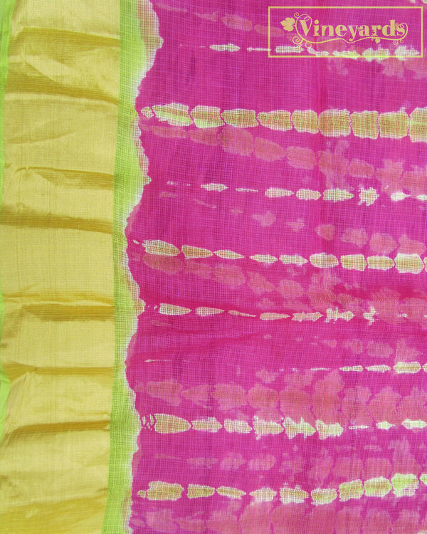 Tie and dye pink saree 3