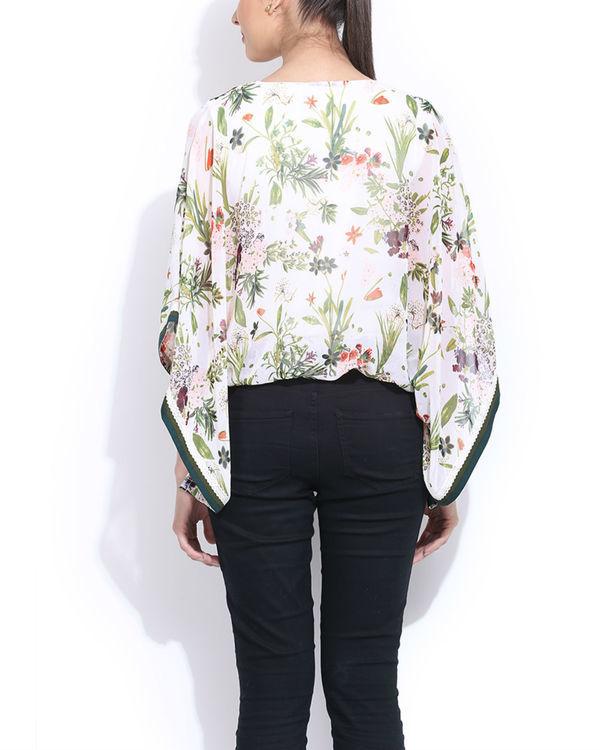White floral pocho top 1