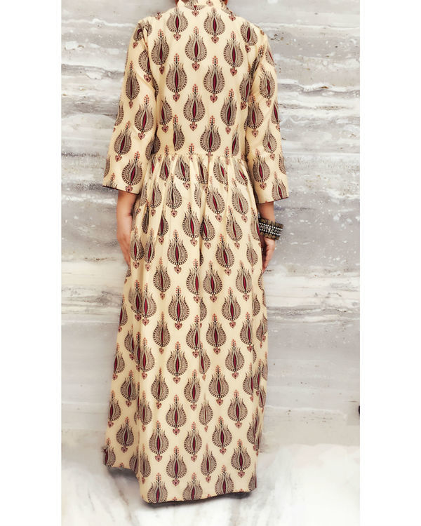 Brown gypsy dress with coverup 2
