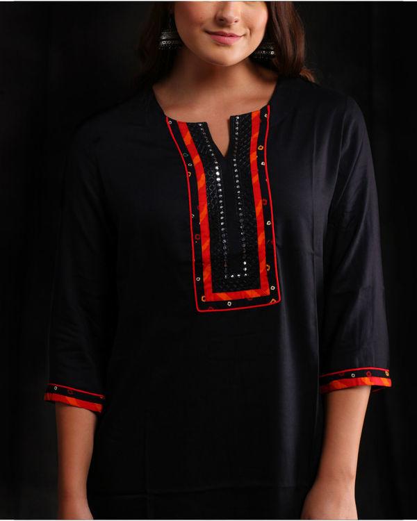 Black rayon Embellished kurta 2