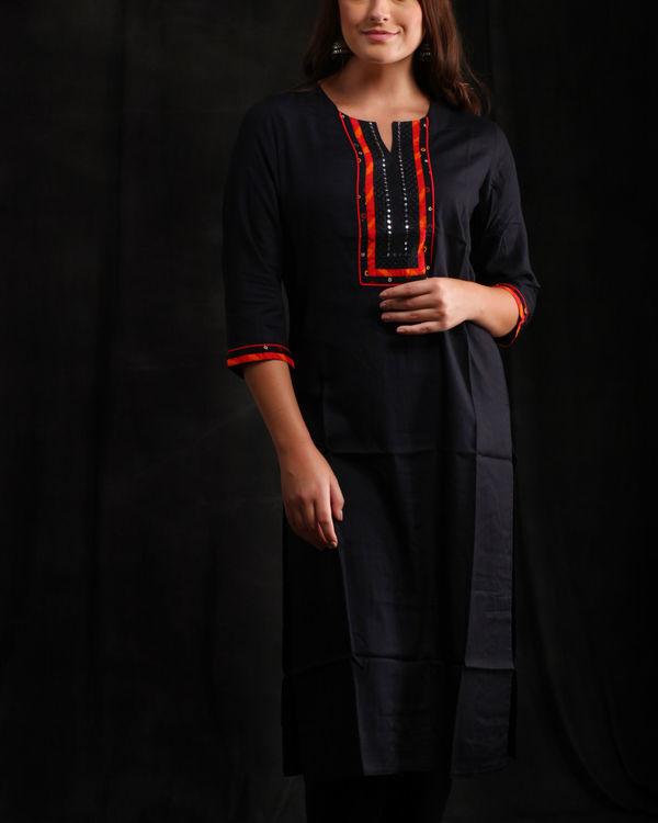 Black rayon Embellished kurta 3