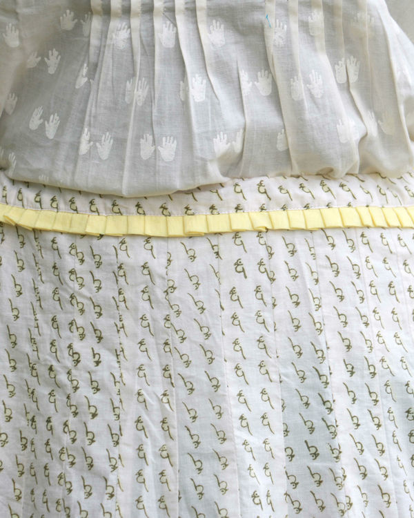 White yellow summer skirt 1