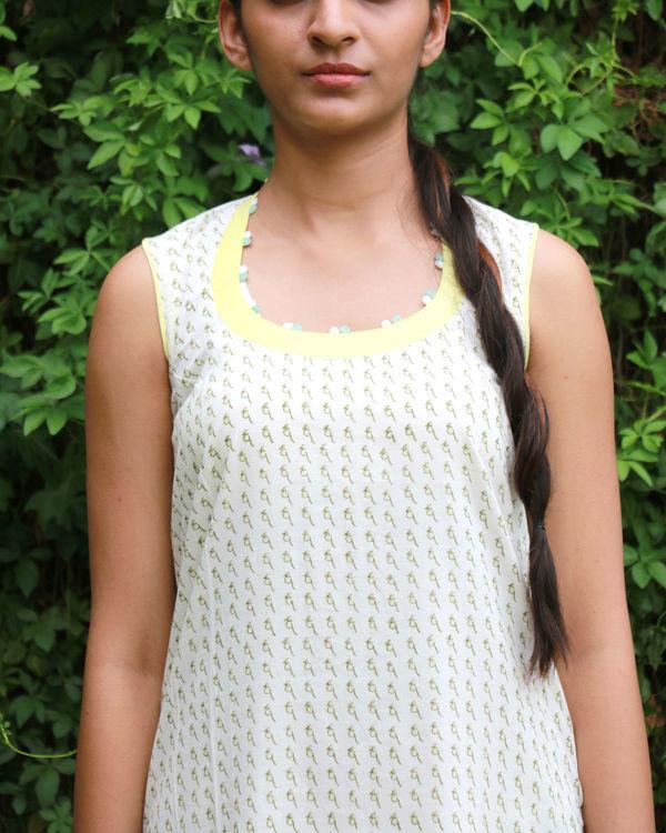 White a-line dress 3
