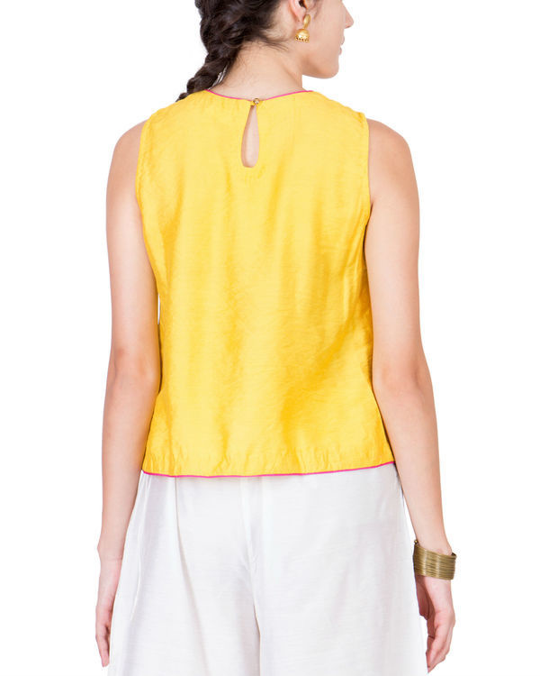 Yellow block printed top 1