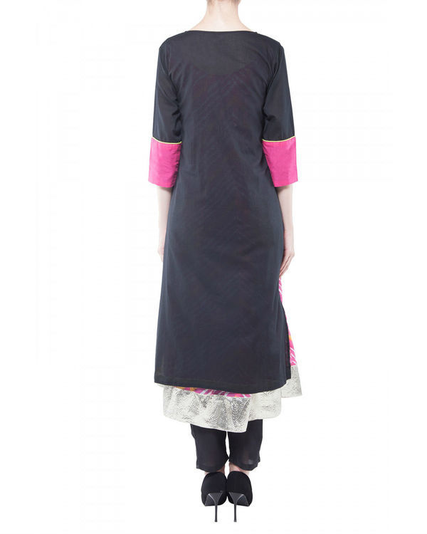 Set of black kurta with pink inner 2
