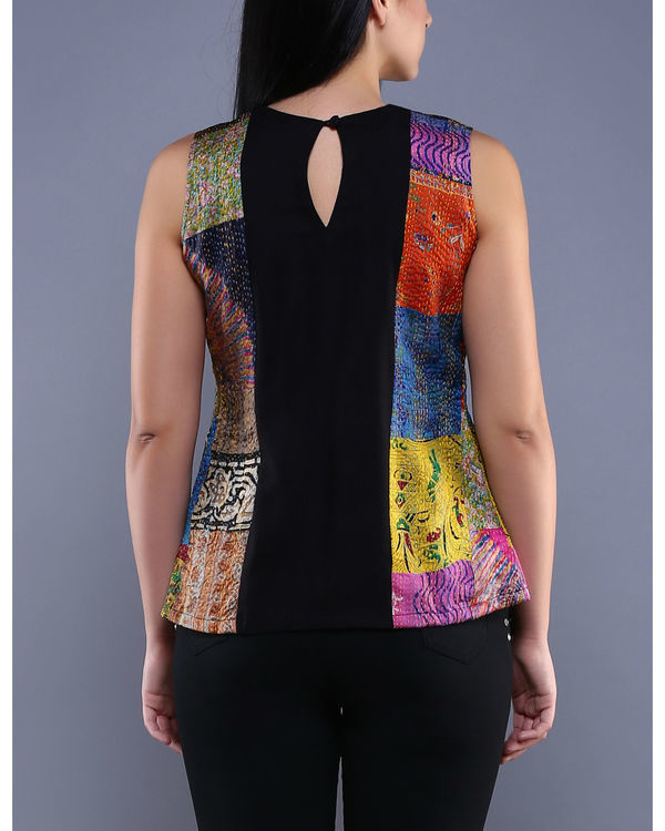 Black kantha pleated top 1
