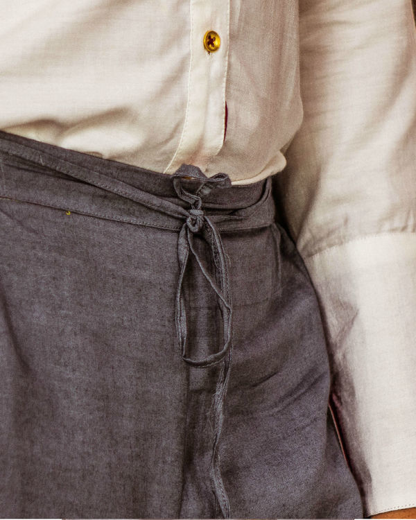 Grey pants with draw strings 1
