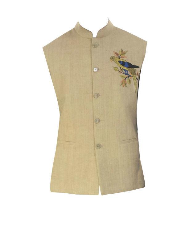 Black solid kurta with beige waistcoat 3