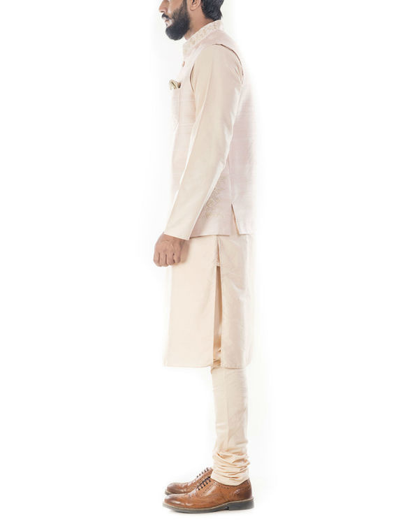 Light beige kurta with peach jacket 1
