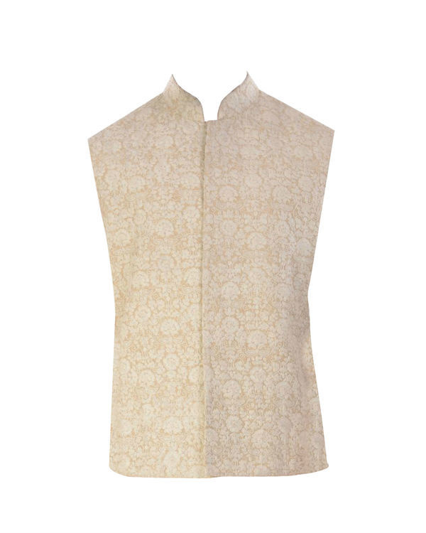 Light beige kurta with cream dori embroidery jacket 3