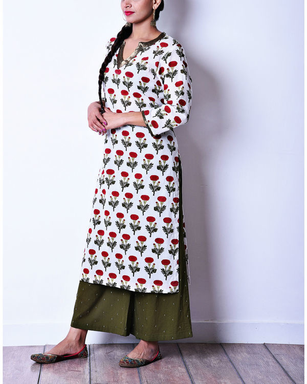 Floral kurta with olive pants 1