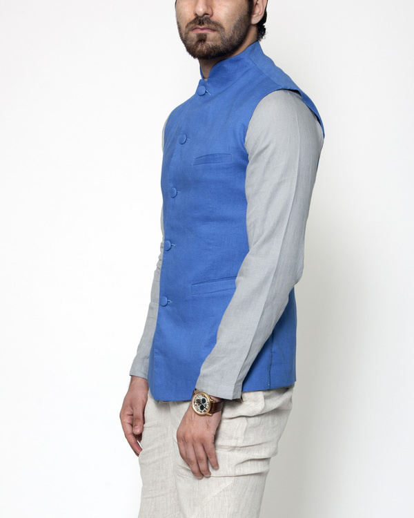 Blue linen extended collar bandi 2