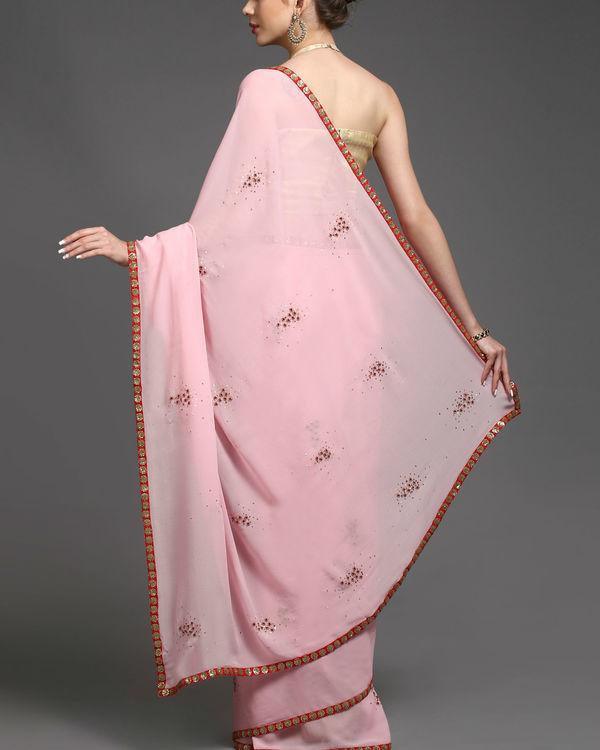 Knotty tale sari 1