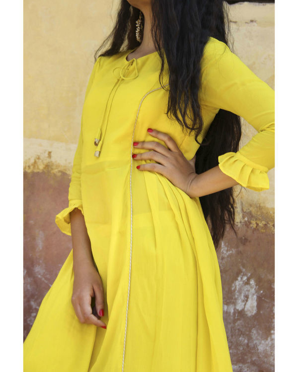 Yellow crepe suit set 2