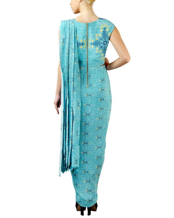 Turquoise draped saree 1