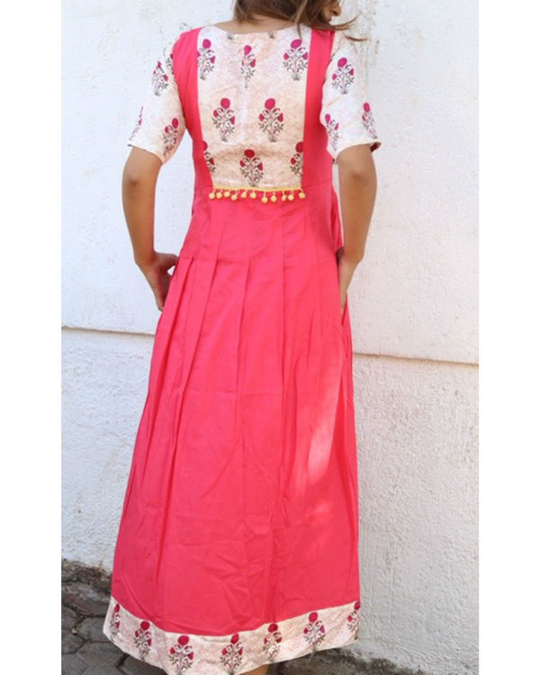 Pink and floral pom-pom maxi 2