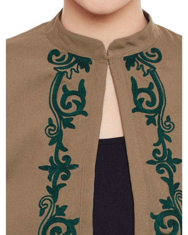 Brown cropped jacket 1