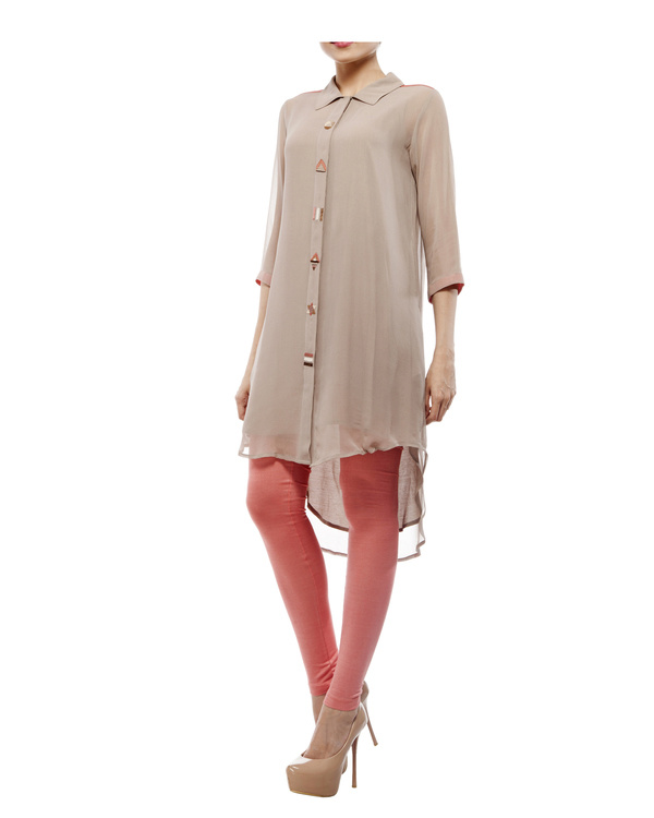 Tunic with embroidered detailing on the front placket 3