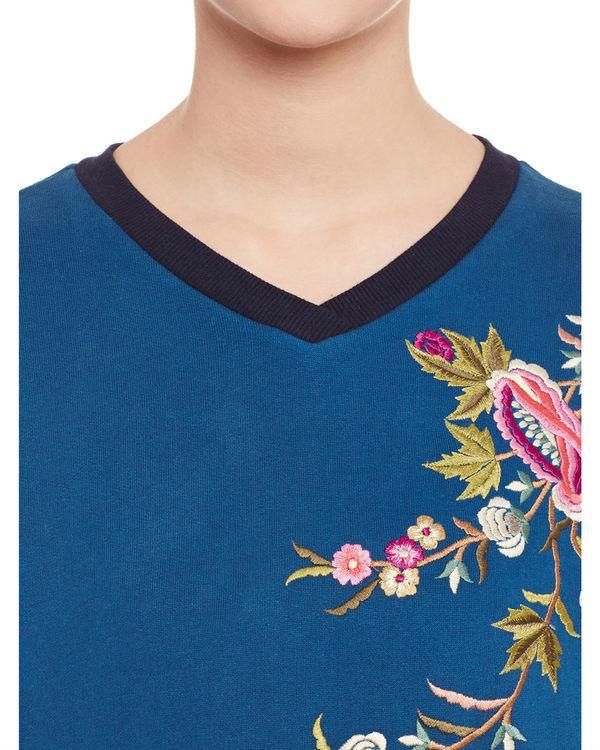 Oriental sweatshirt 1