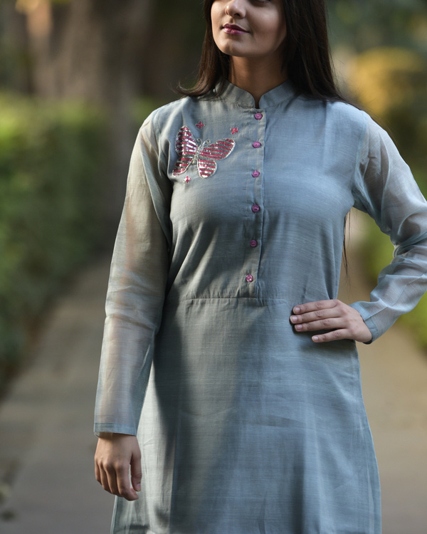 Grey embroidered tunic 3