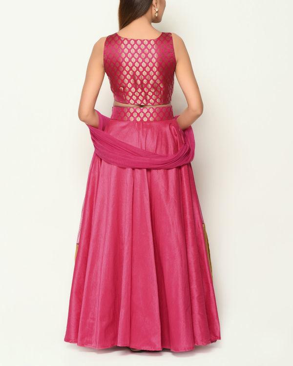 Pink brocade lehenga 3