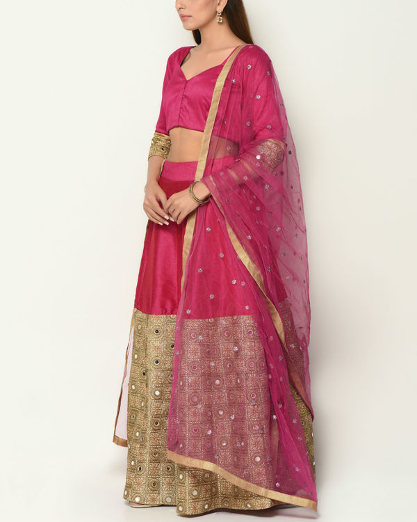 Pink and gold zari lehenga 2