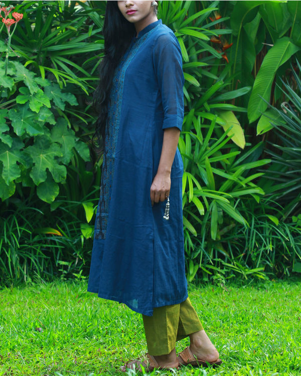 Navy kurta with camisole 2