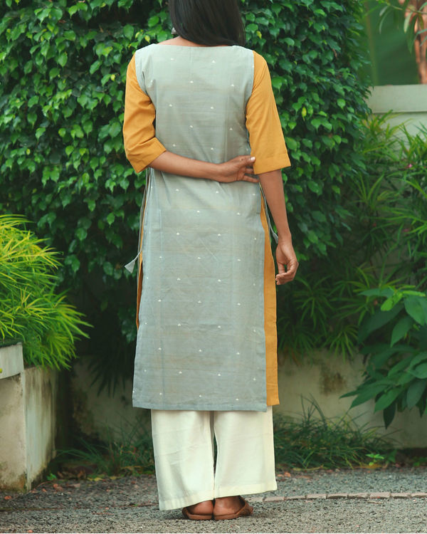 Grey double layered knotted kurta 3