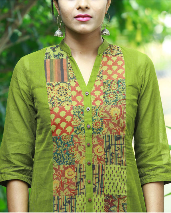 Olive kurta with camisole 1