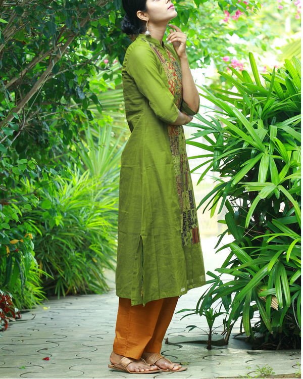 Olive kurta with camisole 2