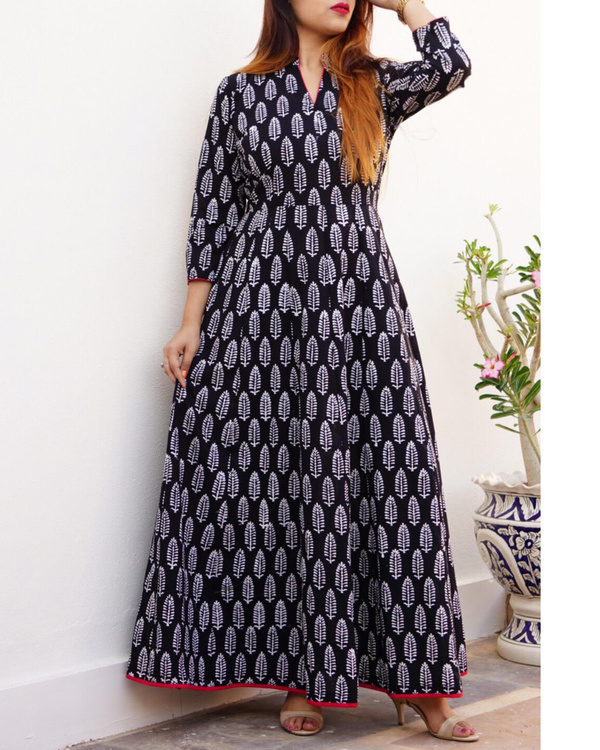 Block printed black maxi 1