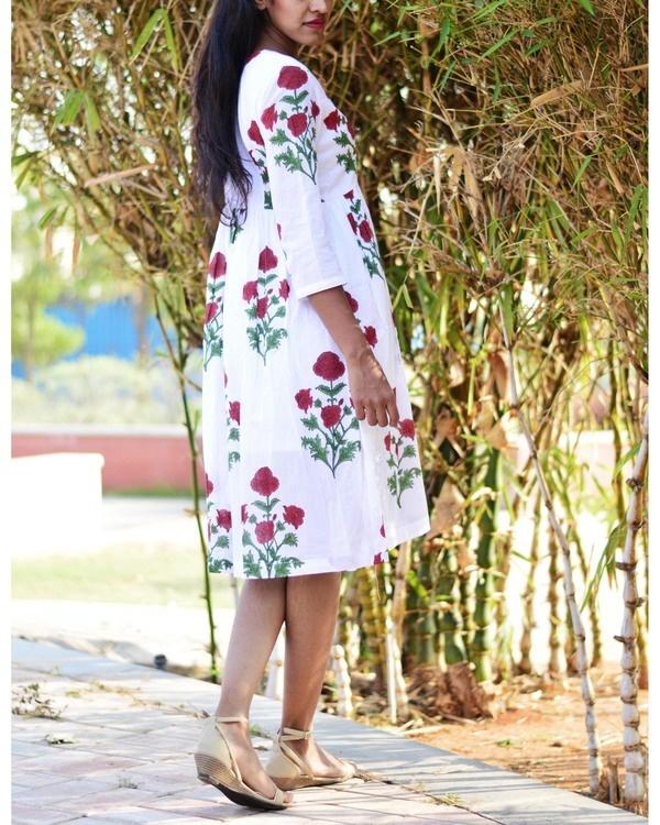 White rose midi 4