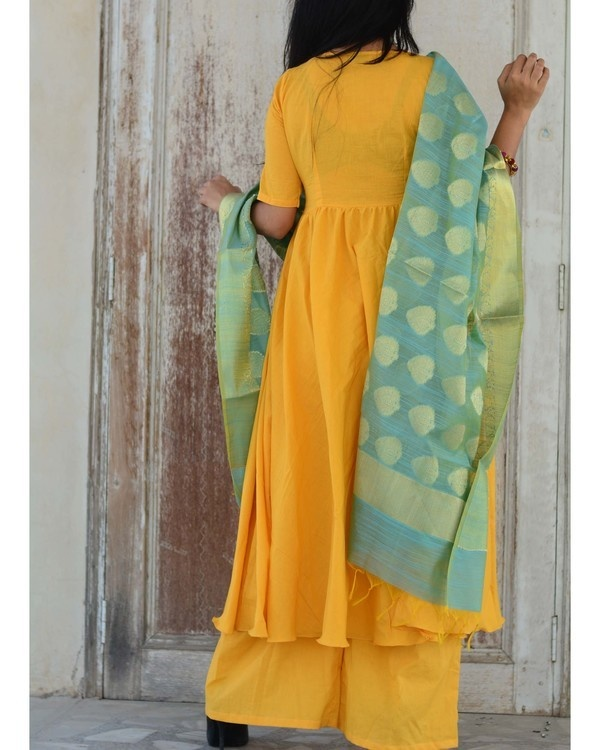 Yellow green kurta set 1