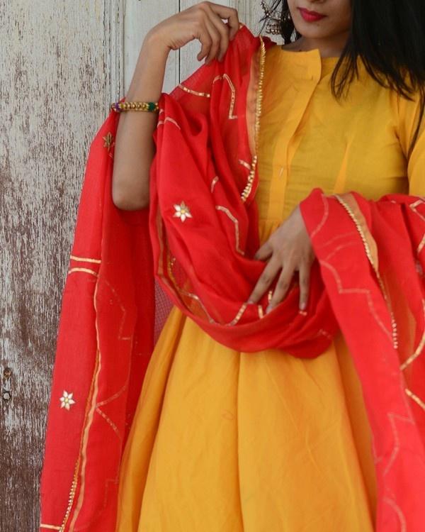 Yellow red kurta set 1